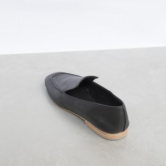 Mocasín Negro